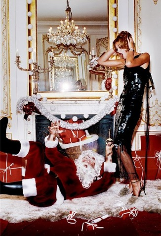 Merry-Christmas-Fashion-Gone-Rogue